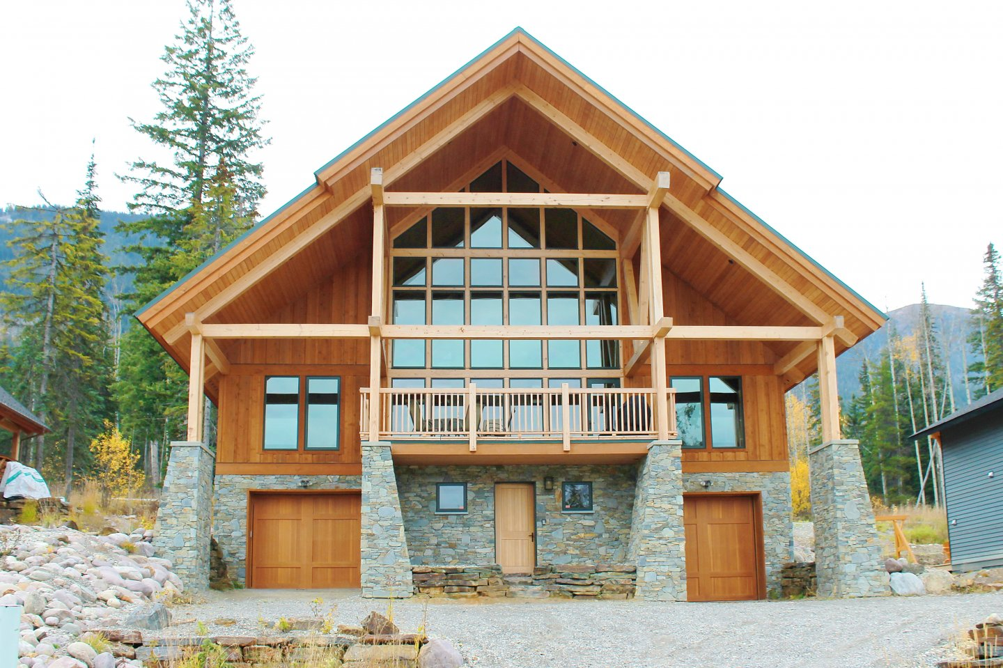 Kicking Horse Luxury Homes