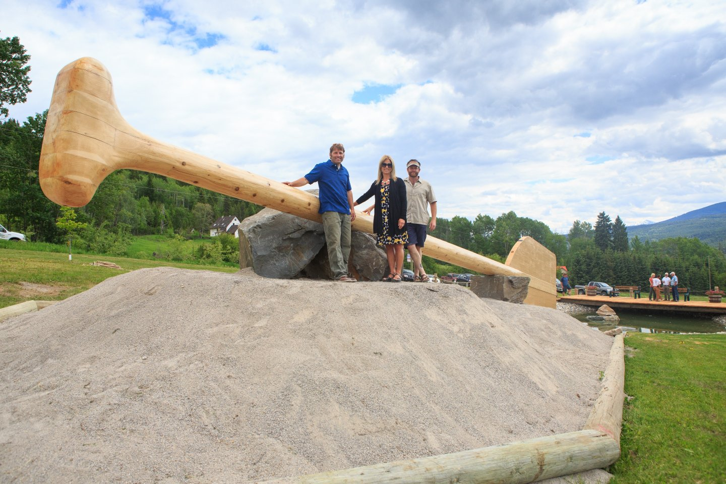 golden bc, largest paddle, world record