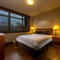 kicking horse lodging golden bc