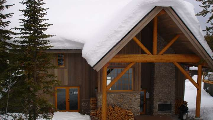 Columbia Mountain Lodge