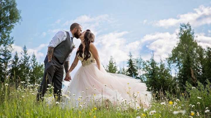 Golden Dreams Weddings
